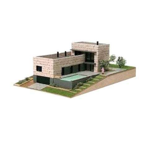 Casa de construcción Actual Vilomara Domus Kits