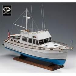 Maqueta barco Grand Banks 46 1/20 Amati Modelismo convertible a radio control