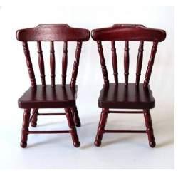 Conjunto de dos sillas color caoba