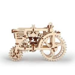 Construccion en madera y motor a gomas Tractor UGEARS