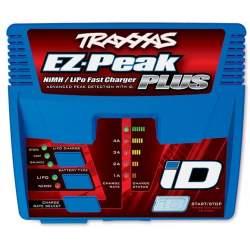 Cargador, EZ-Peak Plus, 4 amperios, LiPo / NiMH con iD Auto Bat EU - Traxxas