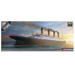 Acad The White Star Liner Titanic 1/400