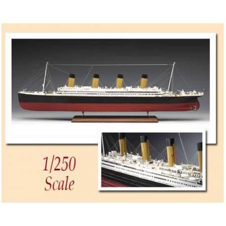 Maqueta naval Trasantlantico R.M.S. Titanic 1:250 Amati